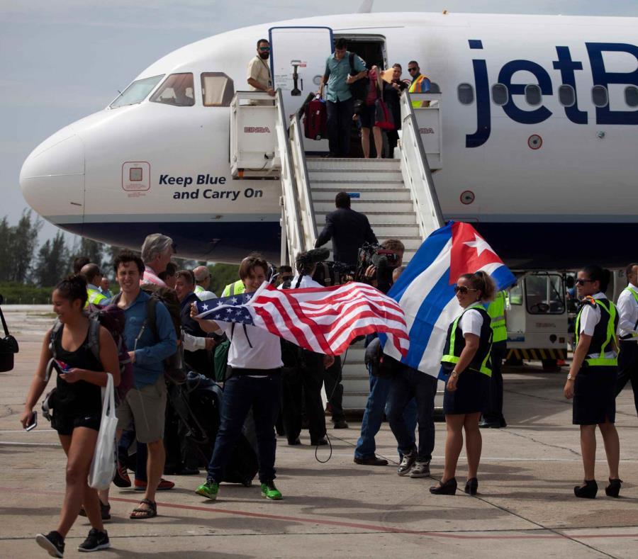 Varios vuelos que debían llegar al aeropuerto fueron desviados (semisquare-x3)
