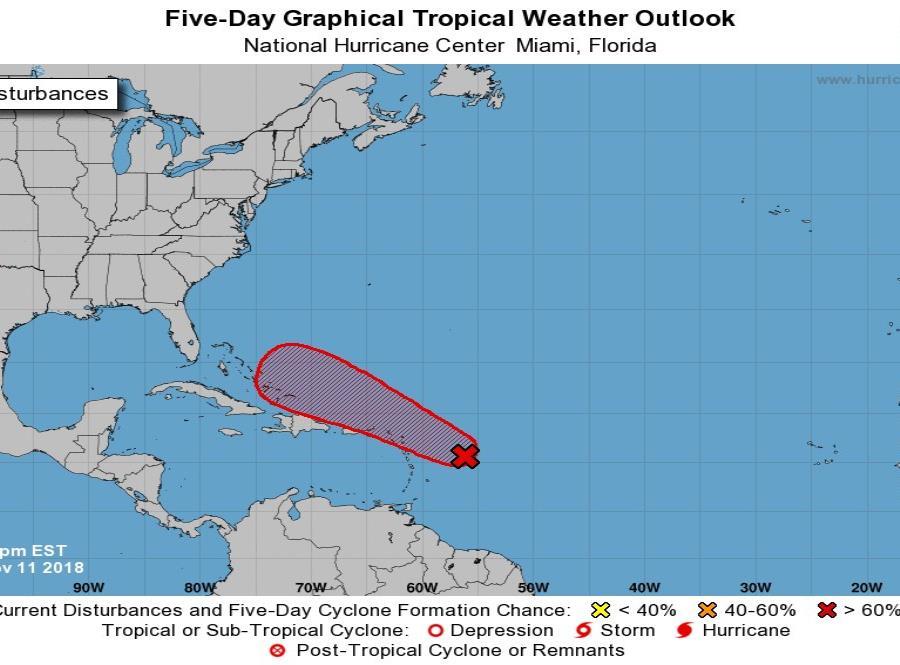 Onda tropical en el Caribe se fortalece y podría convertirse en tormenta