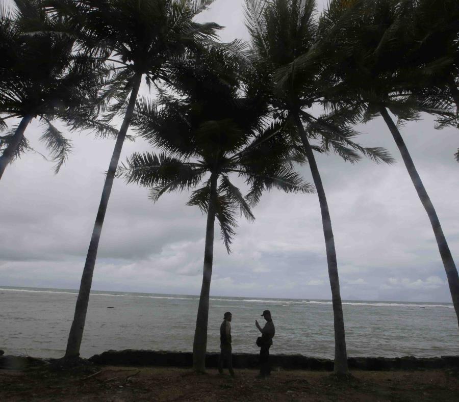 Vista panorámica en la playa Carita, en Indonesia, donde el fin de semana hubo un tsunami, el 28 de diciembre de 2018 (semisquare-x3)