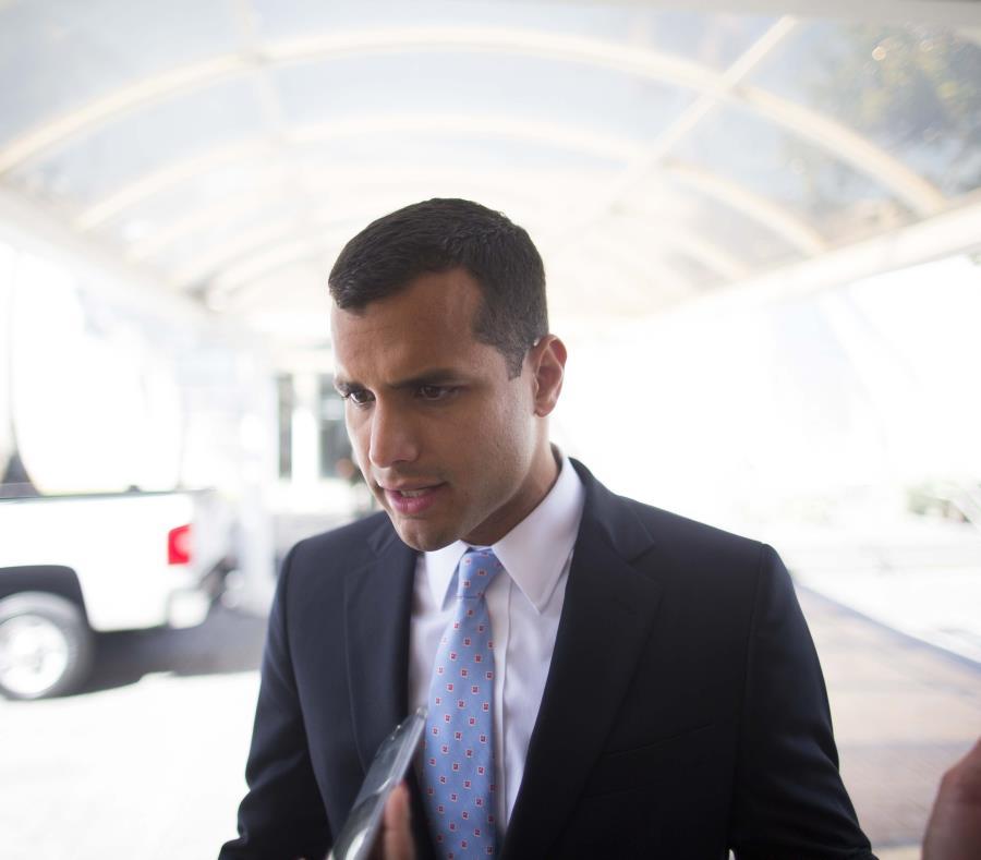 Michael Pierluisi sostuvo que los violadores de la orden podrían recibir multas de hasta $10,000 por cada violación. (semisquare-x3)