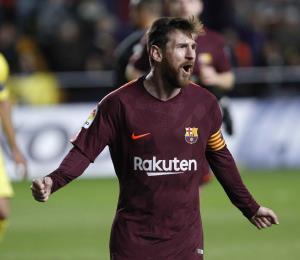 Barcelona gana con goles de Suárez y Messi y mantiene el primer puesto