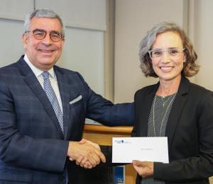 McConnell Valdés apoya con donativo a siete organizaciones