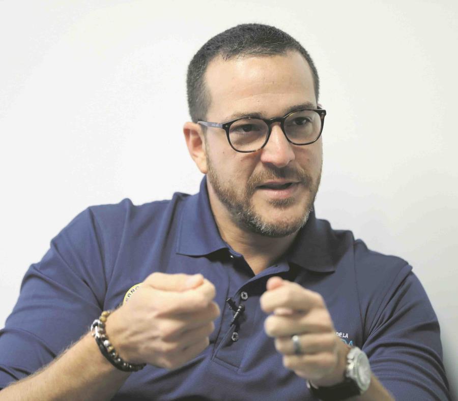 El secretario de la Vivienda, Fernando Gil Enseñat, comparecerá mañana ante un subcomité congresional. (GFR Media) (semisquare-x3)
