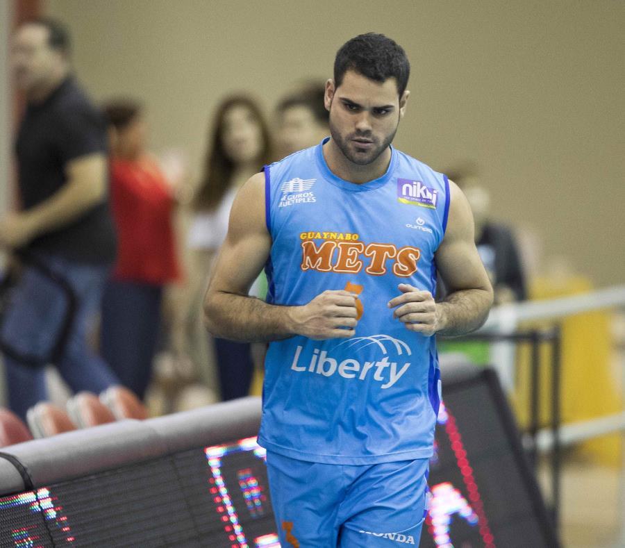 El esquina Pablo Guzmán es uno de los integrantes de la Selección de voleibol masculino que competirá en Cuba desde mañana. (GFR Media) (semisquare-x3)