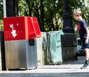 En París rechazan la instalación de urinarios por exhibicionistas