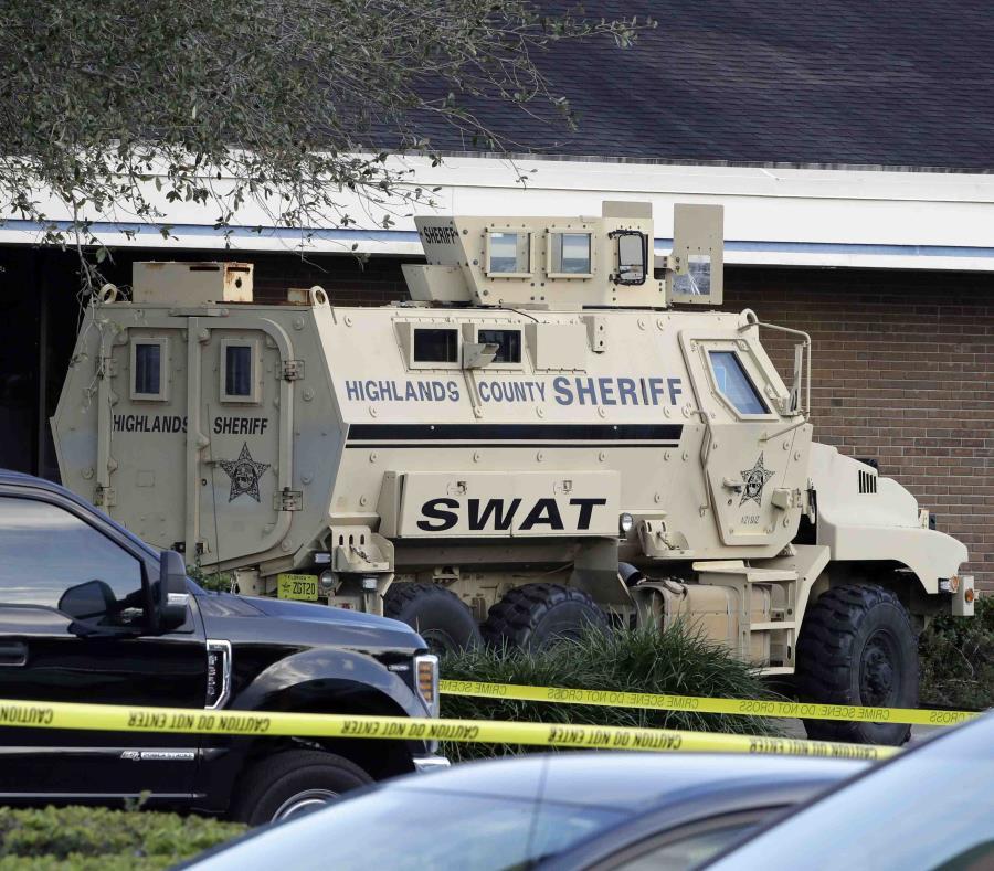 Toma de rehenes en asalto a banco de Florida deja 5 muertos