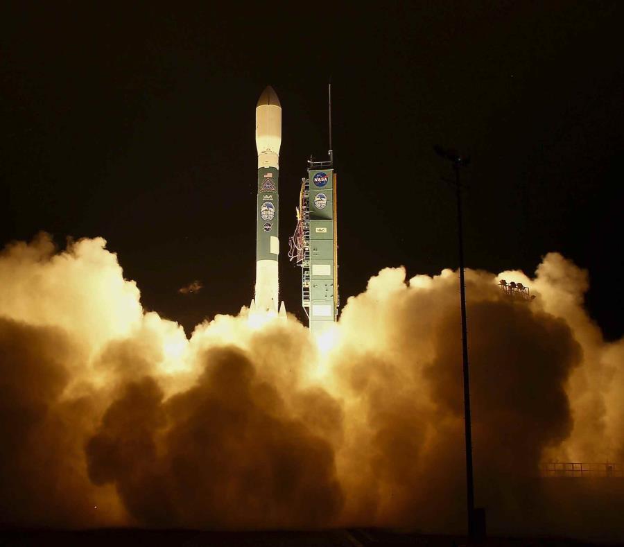 El lanzamiento fue el último de un cohete Delta 2 (semisquare-x3)