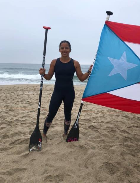 Maricarmen Rivera ha representado a Puerto Rico en los deportes de gimnasia y canotaje a nivel internacional. (Facebook / Federación de Surfing de Puerto Rico) (vertical-x1)