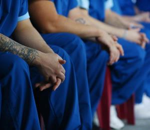 Negocio con los confinados