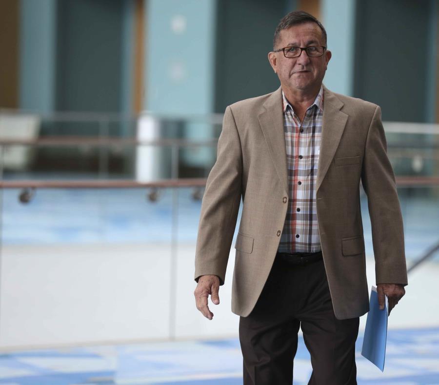 El alcalde de Lares, Roberto Pagán Centeno (semisquare-x3)
