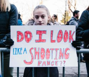 Nefasto matrimonio entre odio y armas