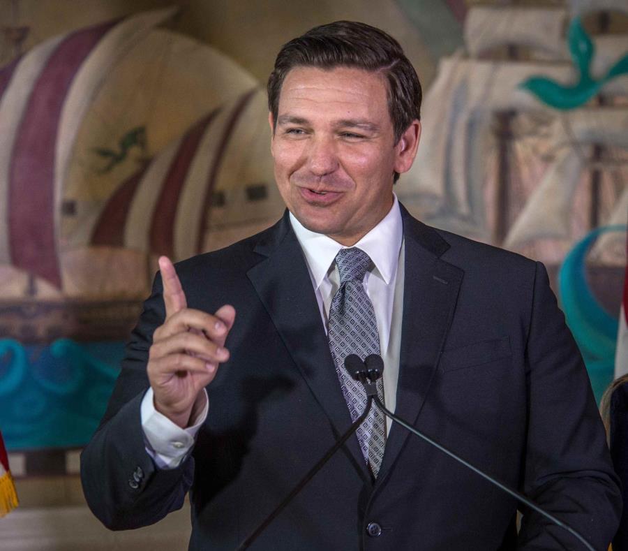 DeSantis recalcó la importancia de que los hispanohablantes ejerzan su derecho al voto sin barreras idiomáticas. (EFE) (semisquare-x3)