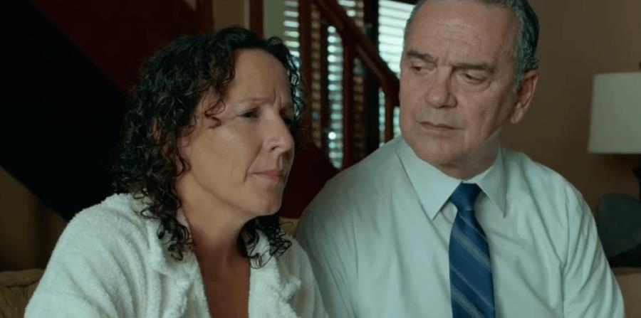 Teresa Hernández y José Félix Gómez en una escena de la película, que se grabó en el 2016 durante 20 días, en distintos escenarios de San Juan. (Suministrada) (horizontal-x3)