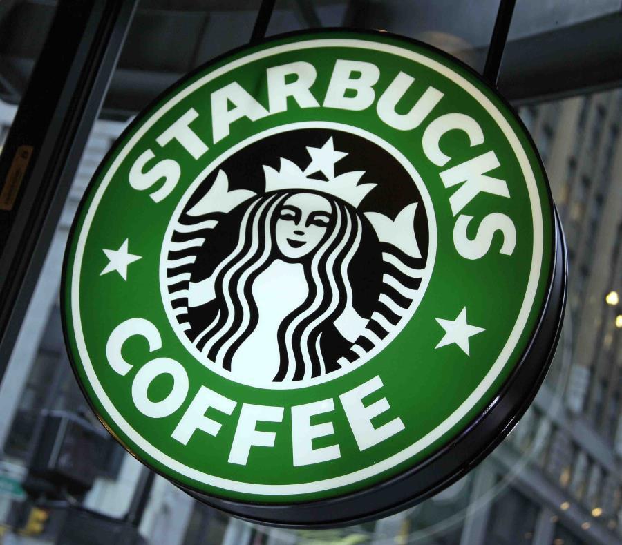 Los vasos  en las tiendas Starbucks  también se podrán utilizar como composta. (semisquare-x3)