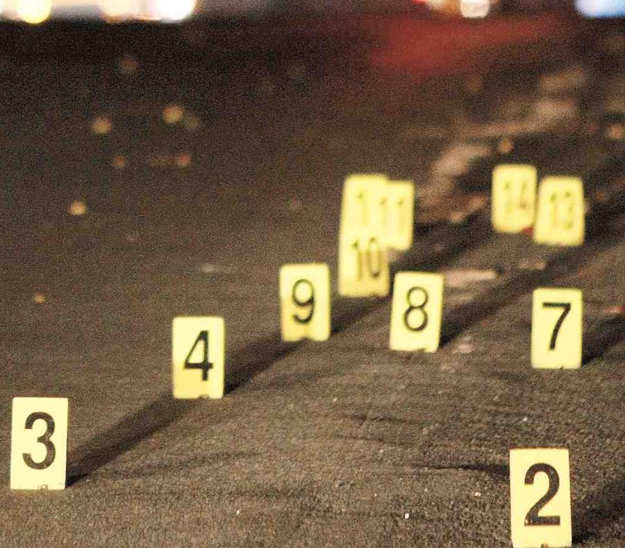 La imagen muestra la identificación de los proyectiles encontrados en la escena de una asesinato. (GFR Media) (semisquare-x3)