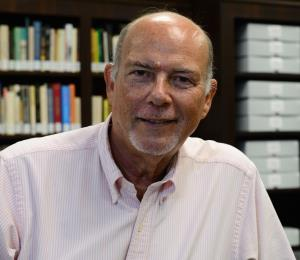 Edgardo Rodríguez Juliá es el ganador del Premio León de Greiff 2019