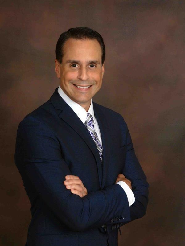 Frank Medina, vicepresidente LATAM, Brasil y Caribe de Norwegian Cruise Line