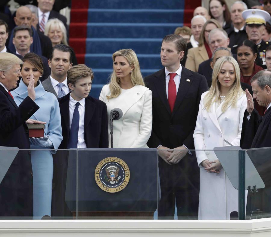 Vista de la juramentación de Trump. (AP) (semisquare-x3)