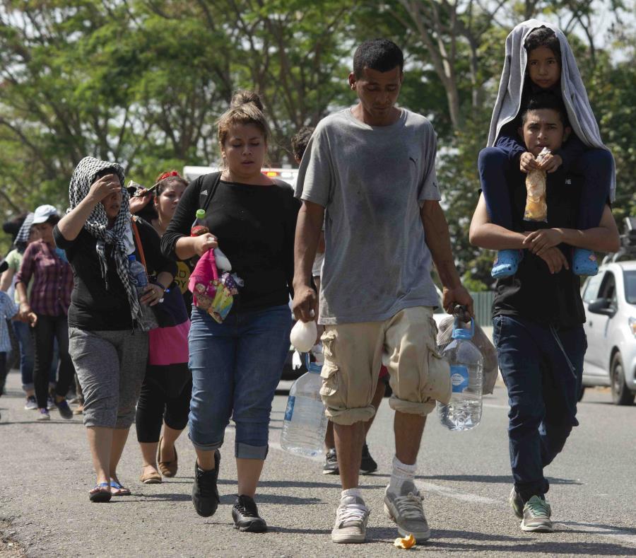 El Departamento de Estado de Estados Unidos anunció que estaba recortando la ayuda a El Salvador, Honduras y Guatemala. (AP/Isabel Mateos) (semisquare-x3)
