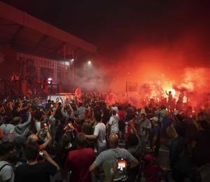 Liverpool condena la conducta de los aficionados en festejos pese a la pandemia