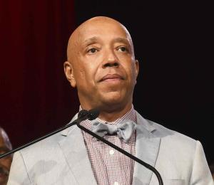 Russell Simmons suma tres acusaciones de violación