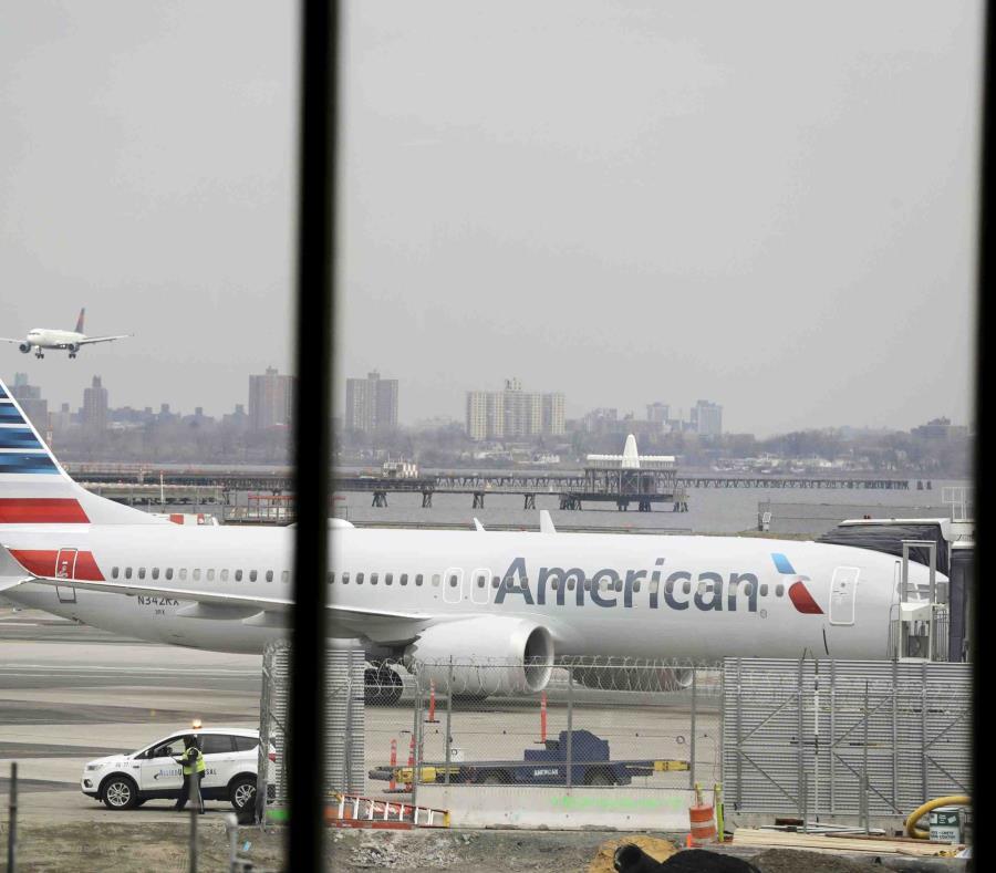 Los pilotos de American Airlines argumentaron que Boeing debería presionar a las autoridades aeronáuticas para que tomasen una medida de emergencia (AP). (semisquare-x3)
