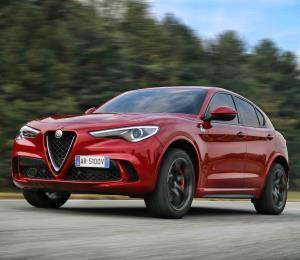Alfa Romeo recibe doble reconocimiento