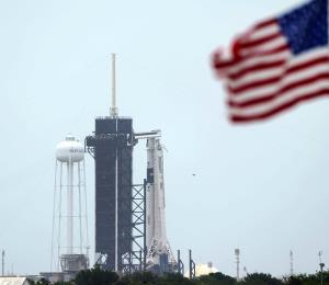 La NASA cancela el lanzamiento del cohete tripulado Falcon 9 debido a las condiciones del tiempo