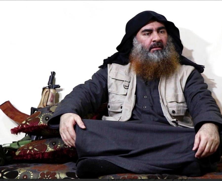 El líder del grupo terrorista Estado Islámico, Abu Bakr al Bagdadi (semisquare-x3)
