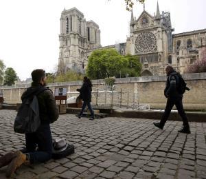 Notre Dame: reconstruir historia