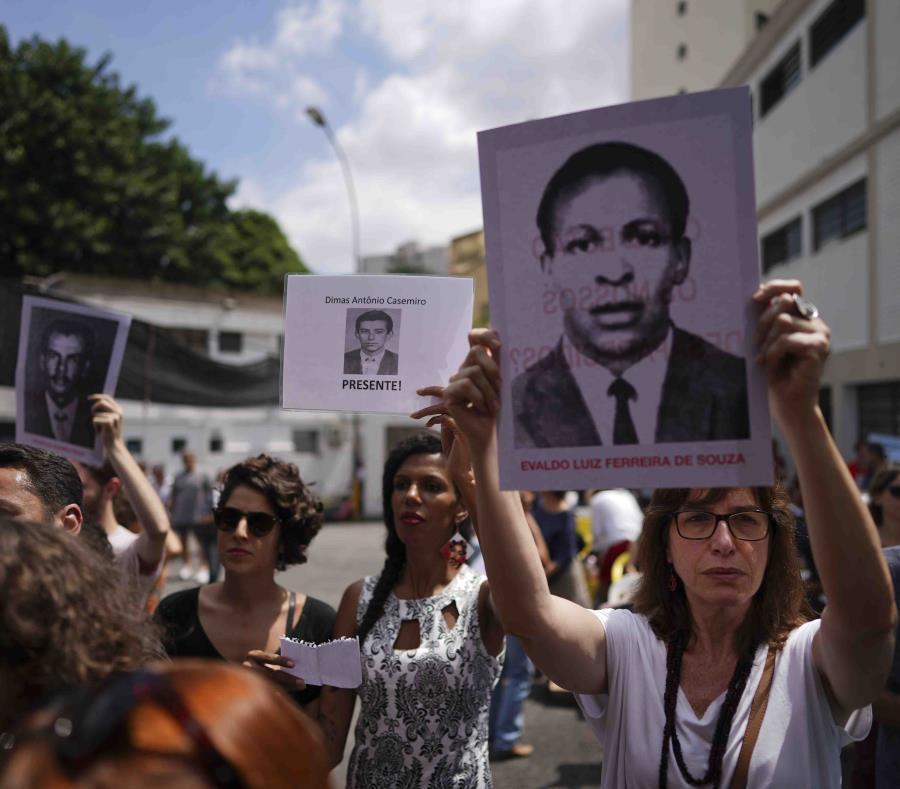 El proceso marcó la persecución política que dejó 434 muertos y al menos 30,000 arrestos ilegales y torturas. (AP/Victor R. Caivano) (semisquare-x3)