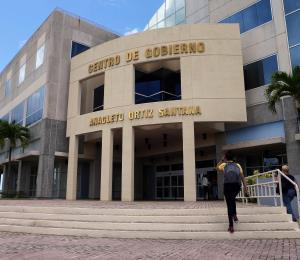 Un año de cárcel para excontratista del Municipio de Toa Baja