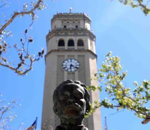 Costo por estudiante: UPR vs universidad privada