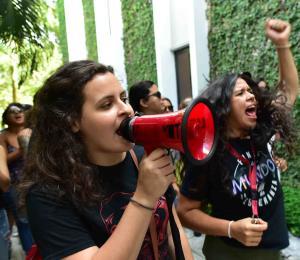 Lucha pura por la UPR
