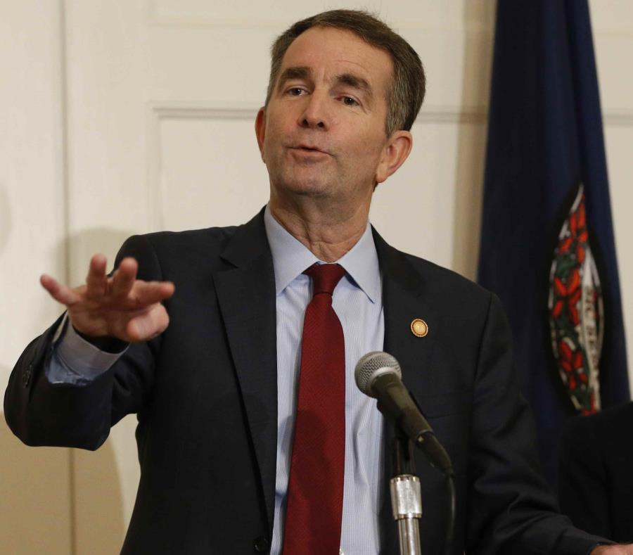 El gobernador de Virginia, Ralph Northam (semisquare-x3)