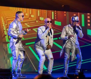 Noche de pioneros del género urbano en concierto de Wisin y Yandel