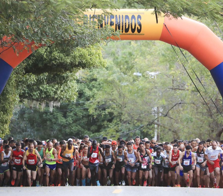 El Medio Maratón San Blas cuenta con atletas internacionales desde 1965 (semisquare-x3)