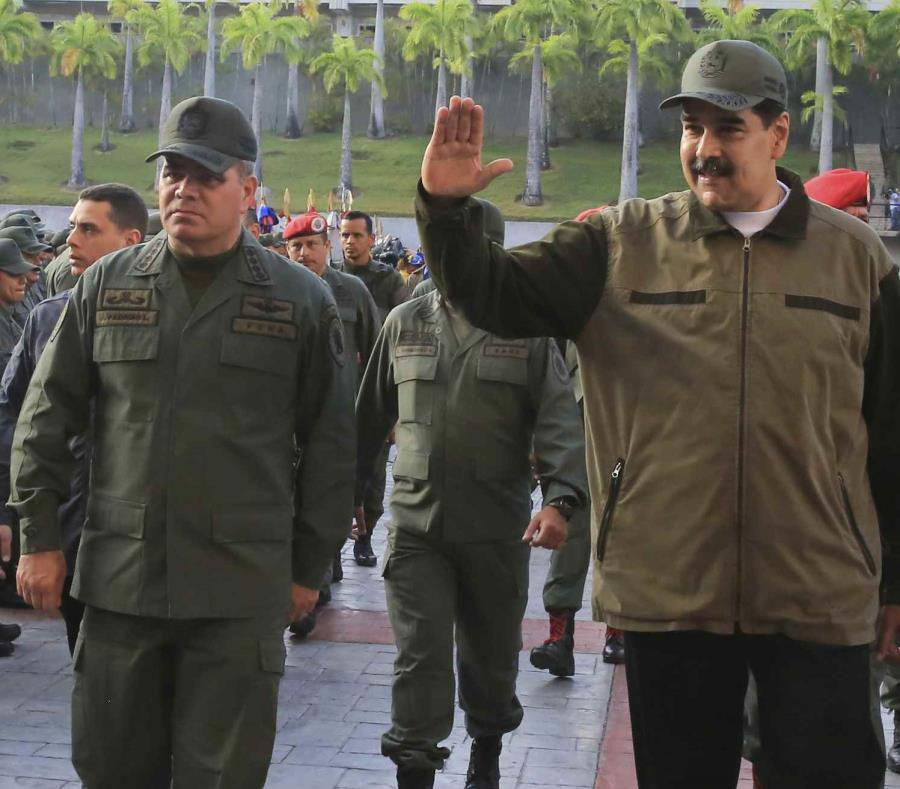 La Fuerza Armada venezolana, leal a Nicolás Maduro, se encuentra en medio de la crisis política. (AP) (semisquare-x3)