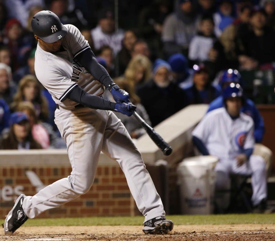Hicks y Castro ayudan a Yankees a extender racha ganadora (semisquare-x3)