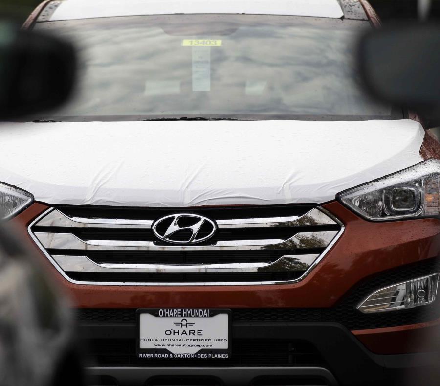 Un vehículo Hyundai Sonata en un concesionario Hyundai en Des Plaines, Illinois. (AP/Nam Y. Huh) (semisquare-x3)