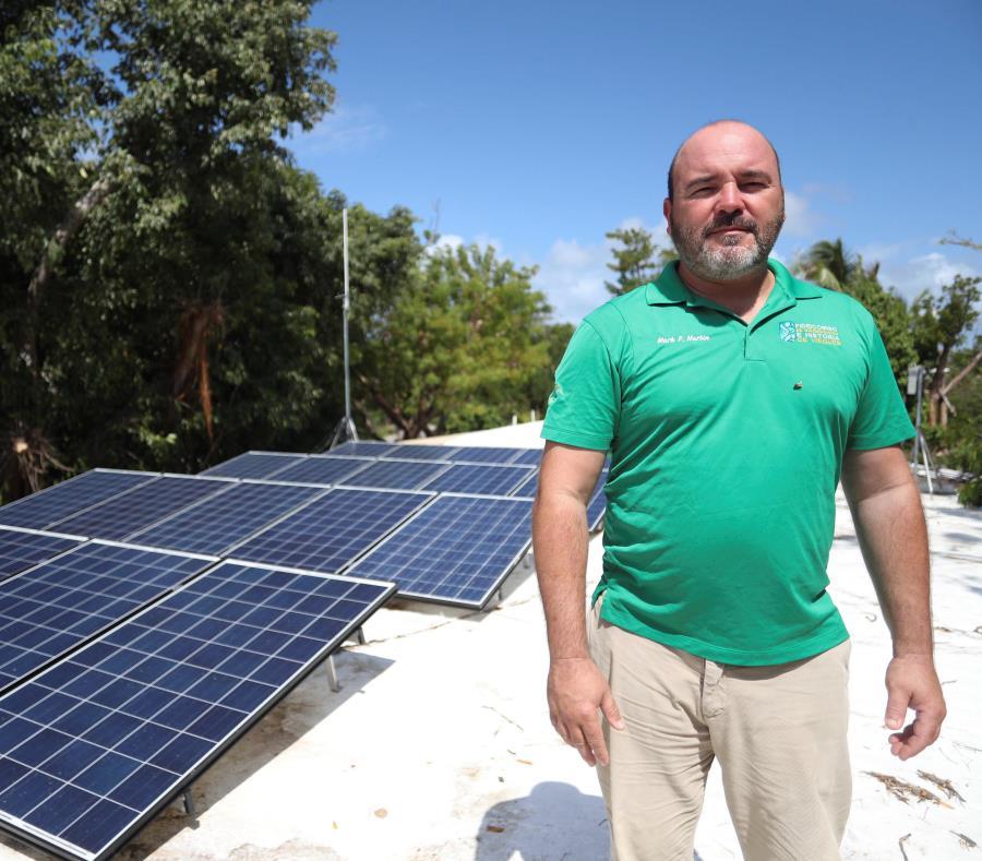 La comunidad se encargará del cuidado y mantenimiento de las placas solares. En la foto, Mark Martin Bras. (semisquare-x3)