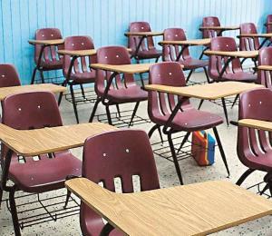 Forcejeo en escuela de Puerto Nuevo