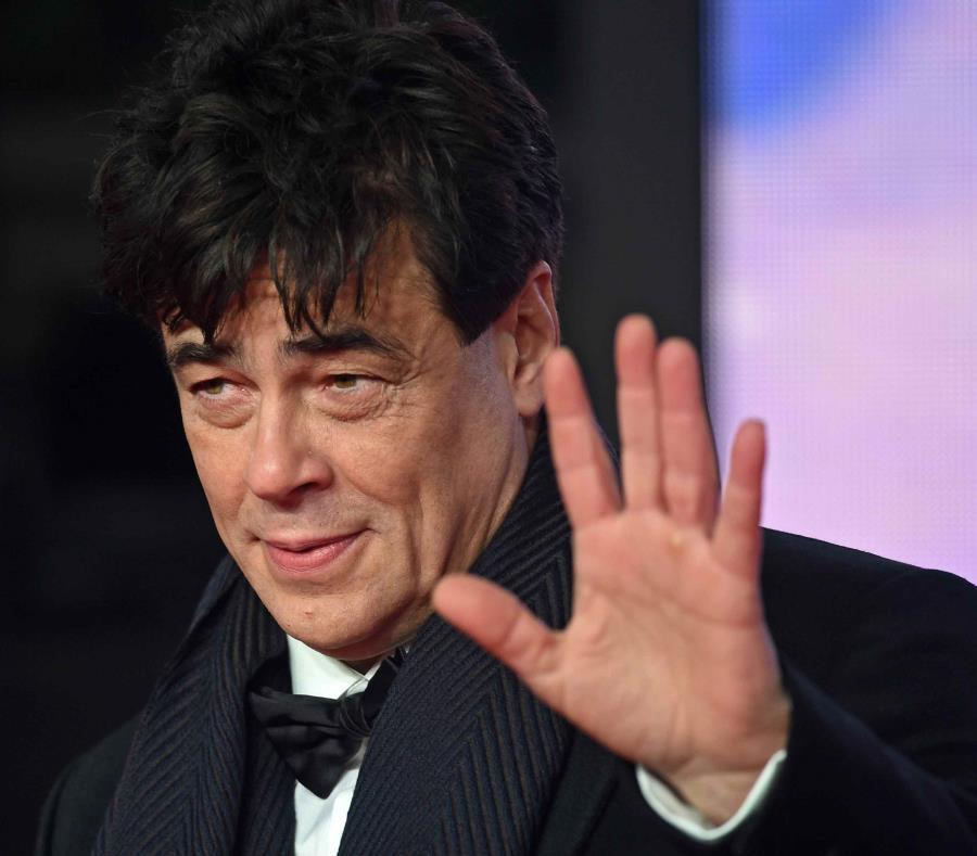 Benicio del Toro, actor puertorriqueño (semisquare-x3)