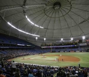 La ciudad sede de los Rays de Tampa Bay está en contra de dividir juegos locales con Montreal