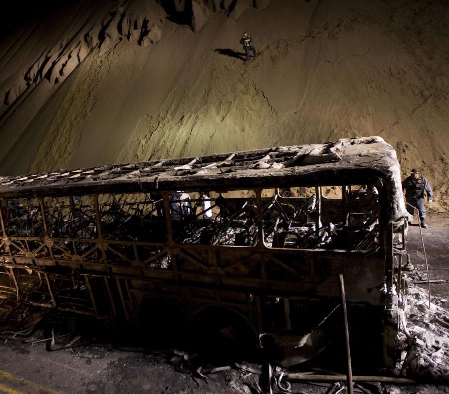 En el 2009 un autobús involucrado en una colisión se prendió en fuego en Pasamayo, y en el incidente murieron, al menos, 16 personas. (GFR Media) (semisquare-x3)