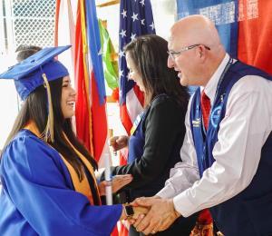 Walmart inaugura una academia para sus empleados en Puerto Rico