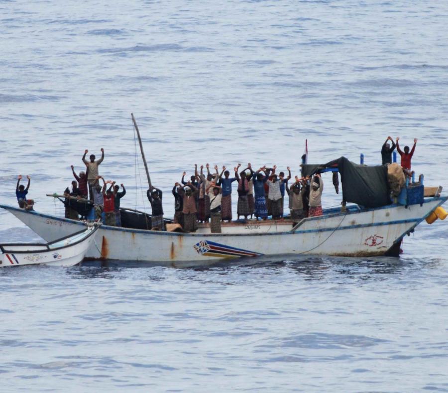 Cuba mantiene miles de médicos laborando en misiones en distintos países de África. (AP/OTAN) (semisquare-x3)