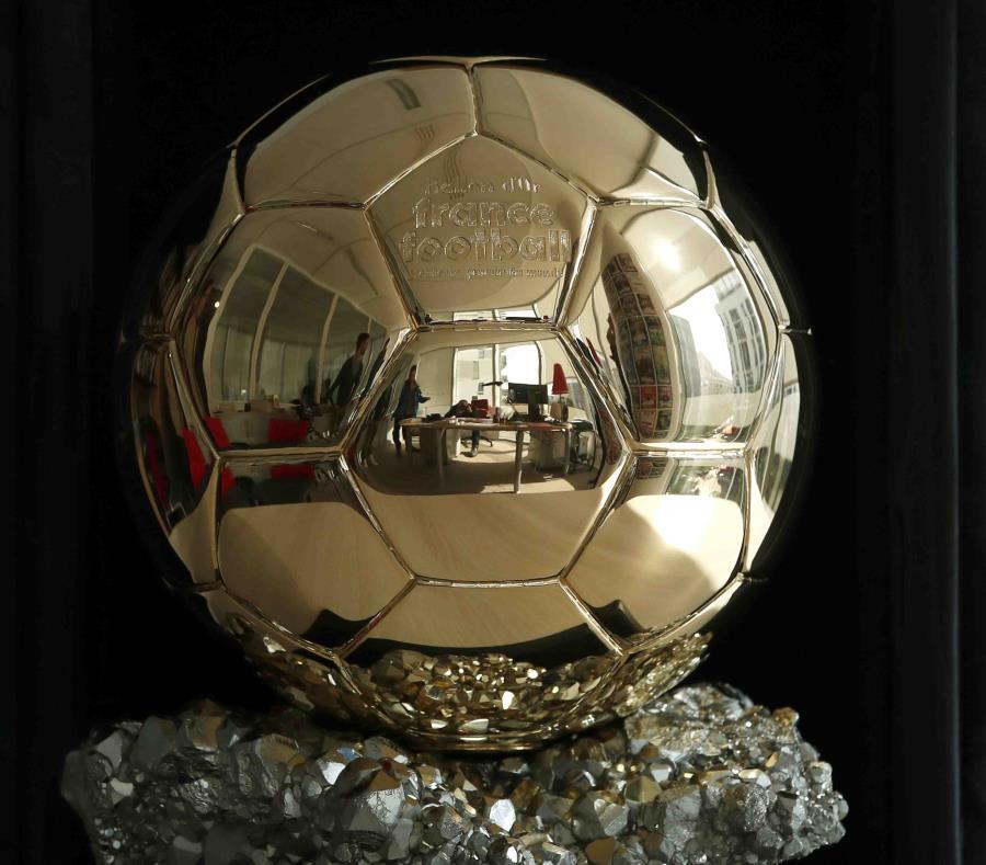 El trofeo del Balón de Oro. (AP) (semisquare-x3)