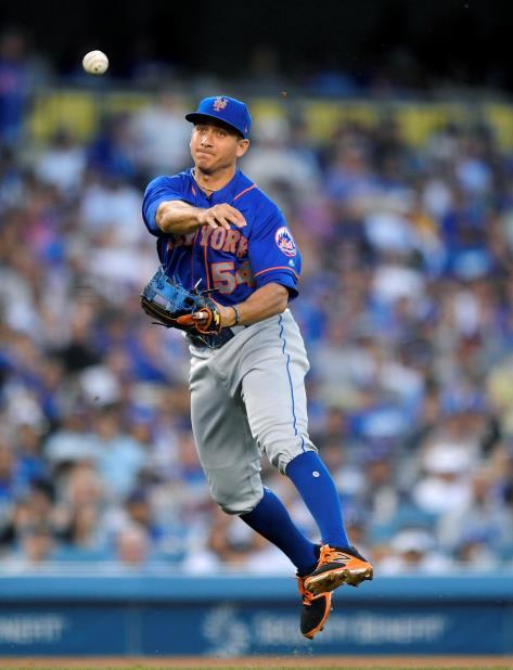 El utility de los Mets, T.J. Rivera, fue sometido a una operación del codo derecho en septiembre pasado. (AP) (vertical-x1)