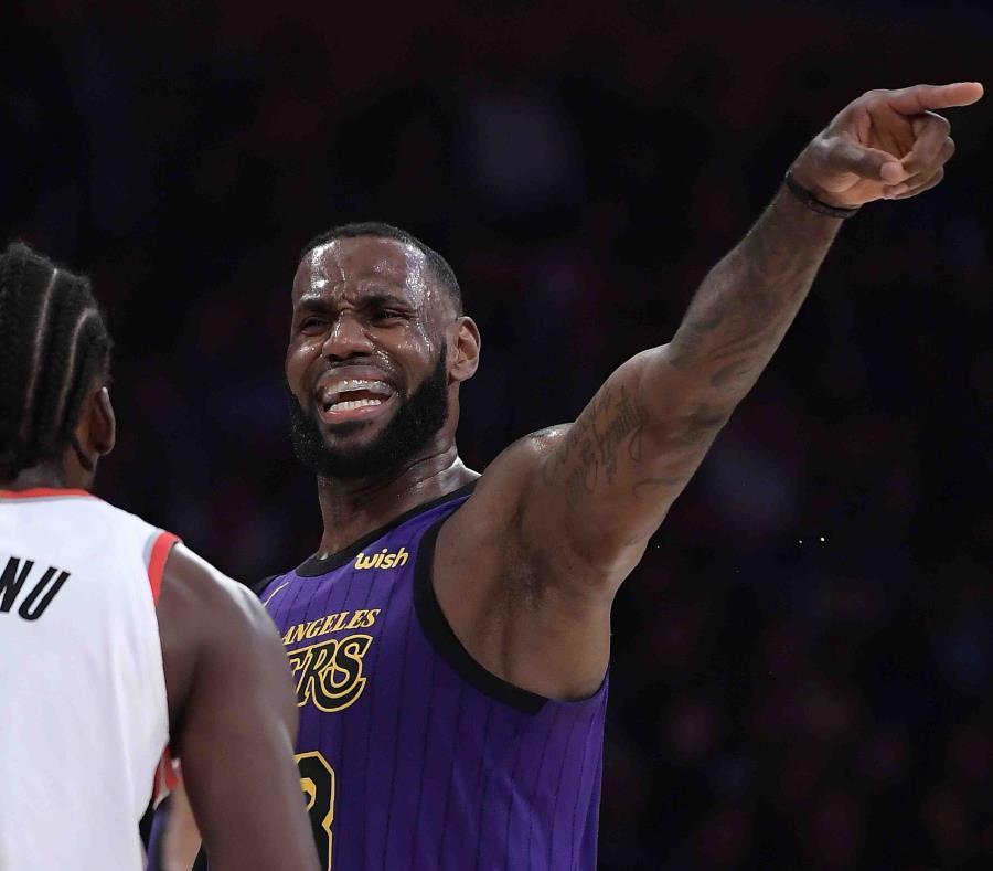 LeBron James anotó anoche 44 puntos. (AP) (semisquare-x3)